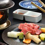 ★新プラン★牛肉好きにおススメ♪霜降り&赤身の2種類の部位を食べ比べ!牛の陶器焼き【お部屋食】